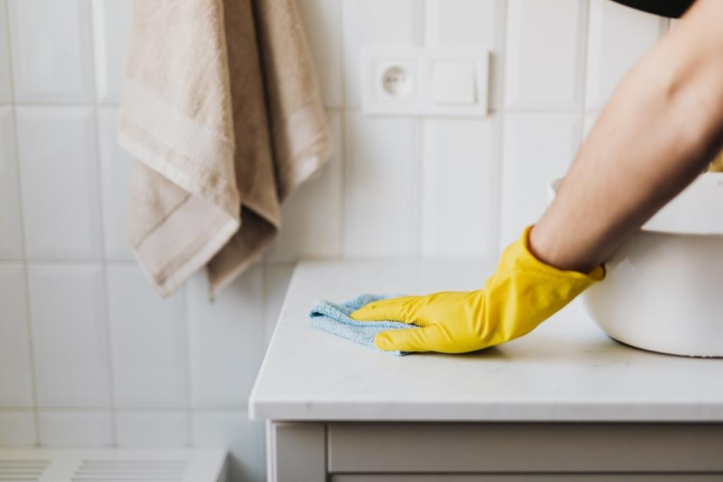 Er renholderen virkelig renholder? - Storbyrenhold AS