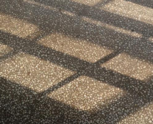 Rengjøring av terrazzo gulv